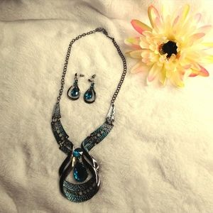 Necklace and Earring Set Blue Stones Ombre Style